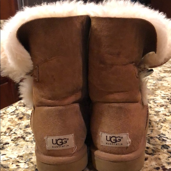 5d08afb3f5c Used UGG Bailey Button Suede Fold-over Boots